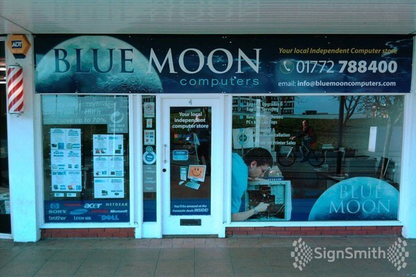 signsmith_bluemoon_shop